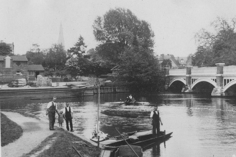 The Wey Bridge Weybridge Surrey c.1920