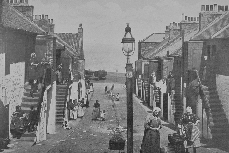 New Lane Home Of The Famous Fishwives Of Newhaven Edinburgh 1920s