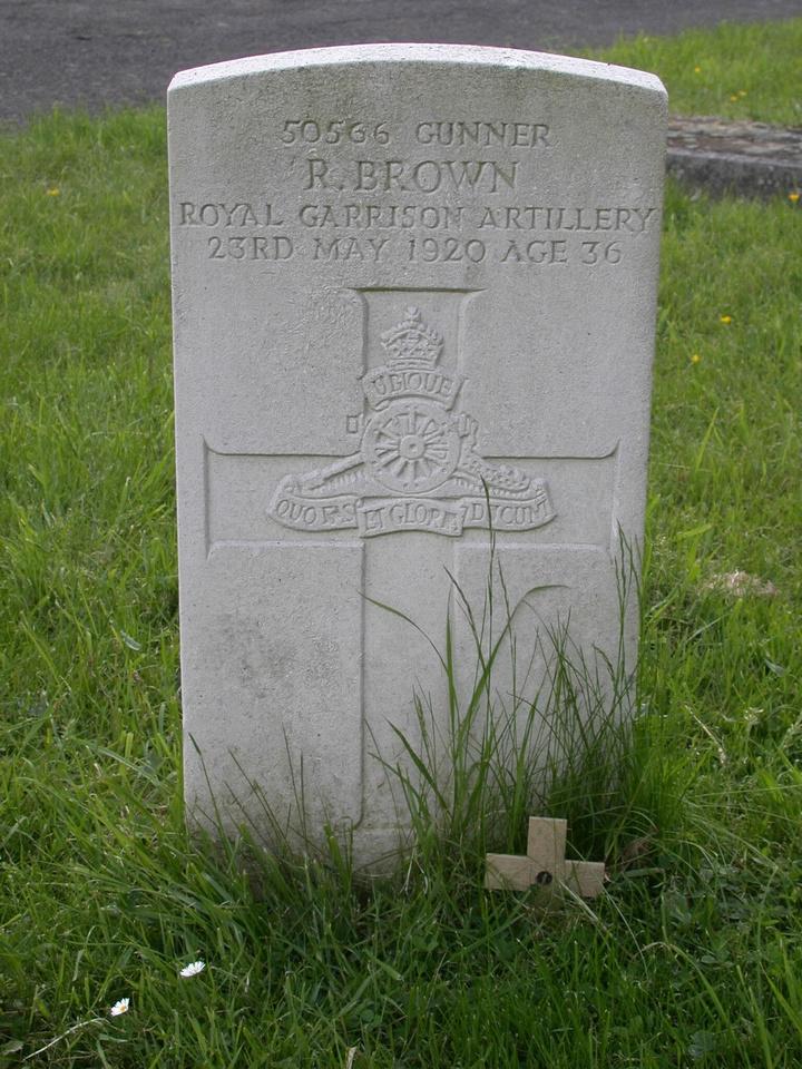 Brown R Gnr 50566 Royal Garrison Artillery SUTTON CEMETERY