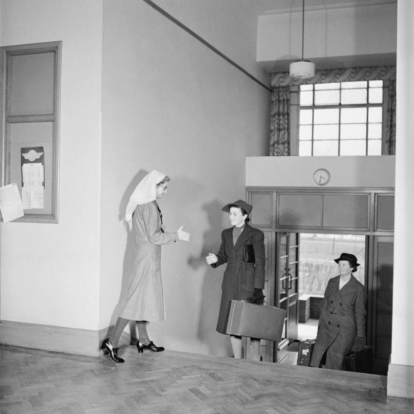 A Student Nurse At St Helier Hospital Carshalton 1943