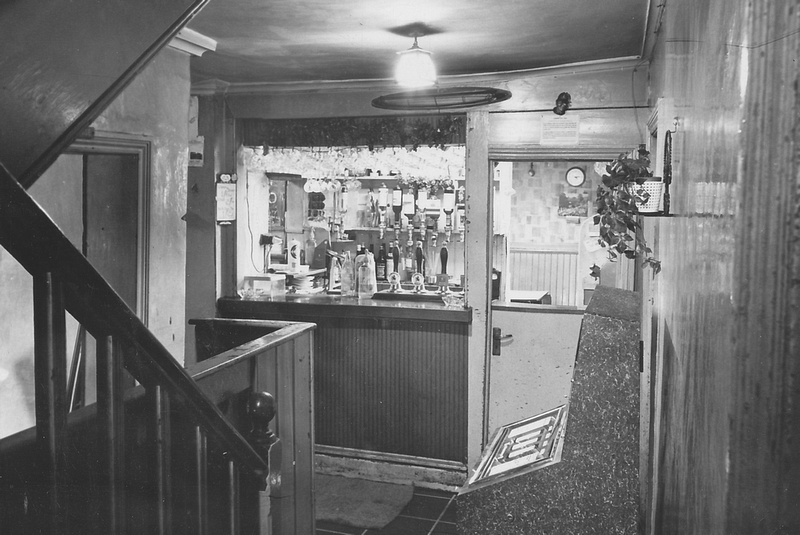 The George And Dragon Pub Holmes Chapel Cheshire 1970 Interior 4