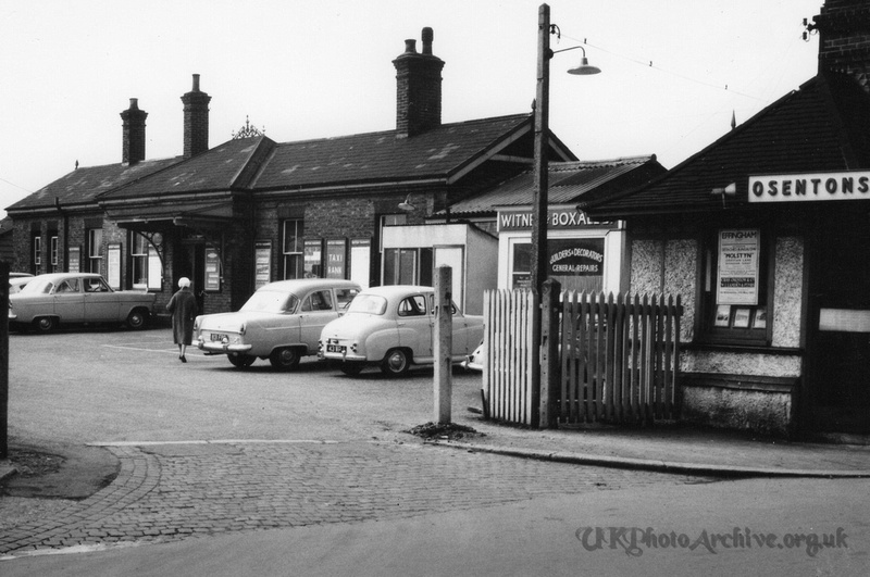 Ashtead Station 1962