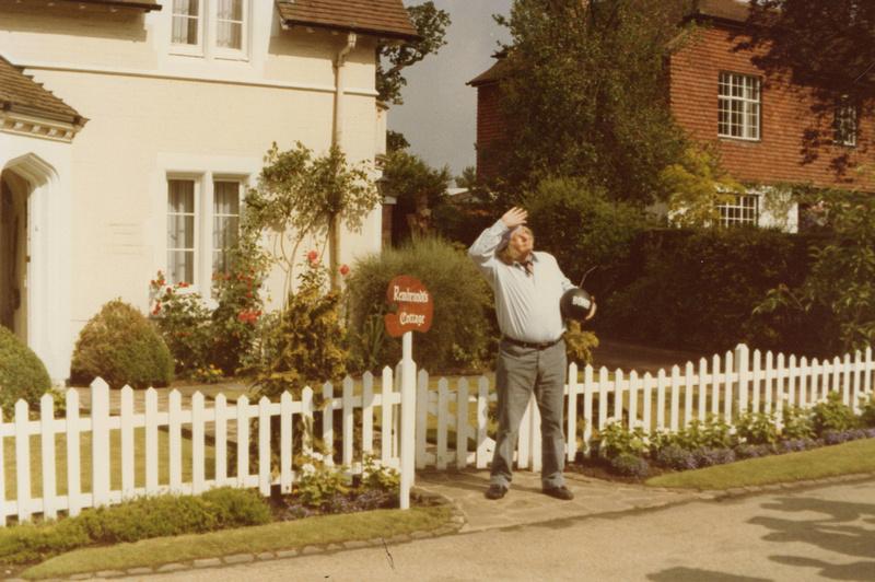 Benny Hill Filming The Rembrandt Cottage Sketch At West Lodge Ashtead Park 3