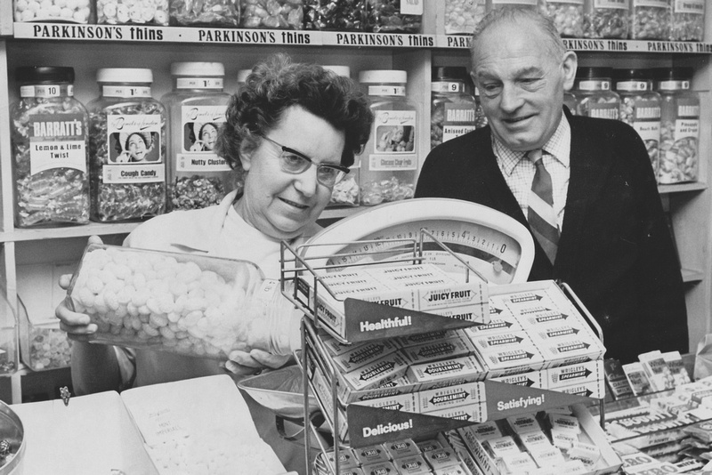 Mr And Mrs L Barber Serving Sweets From Their Shop In Hatfield Road St Albans 1970s