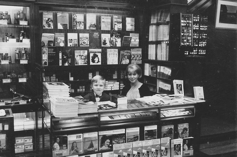 The Camera And Gift Shop London Bridge Street London 1960s Photo 4