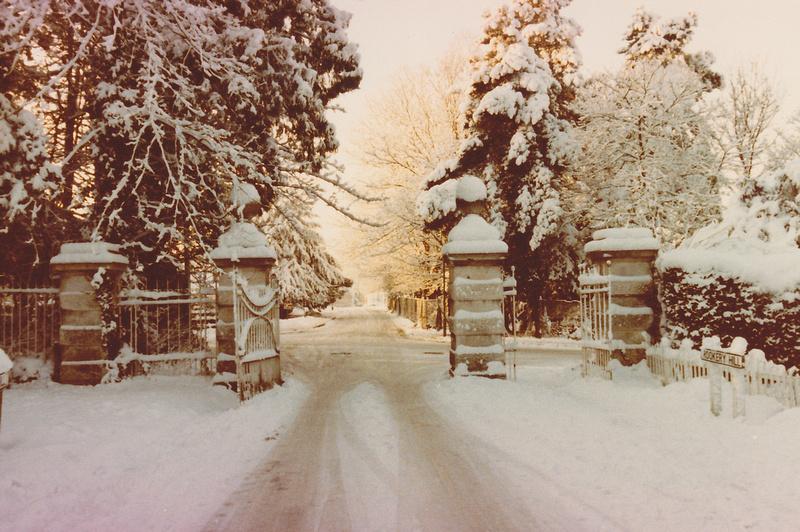 Ashtead Park Gates