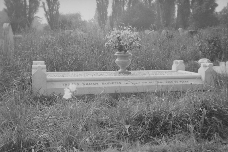 Thomas William Saunders Died 17th Dec 1941
