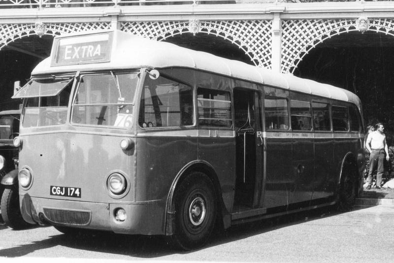 Bus Q69 CGJ 174 1930s