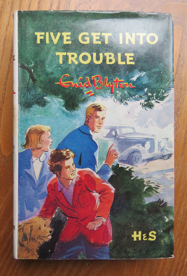 Book 8 Five Get Into Trouble 1951 Hardback Edition First Published 1949