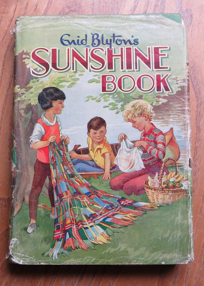 No 12 Sunshine Book