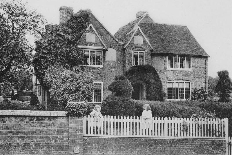Warren Farmhouse Crowhurst Surrey 1908