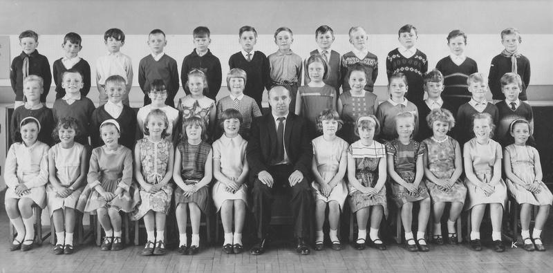 Rossmere School Hartlepool Class 2B 1964-65