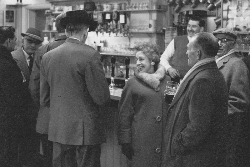 In The Pub 1950s