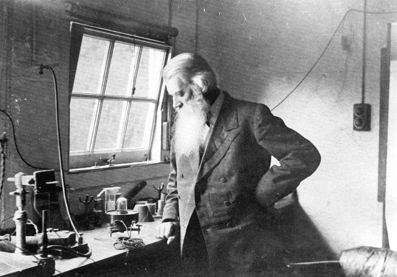 Joseph Swan In His Laboratory