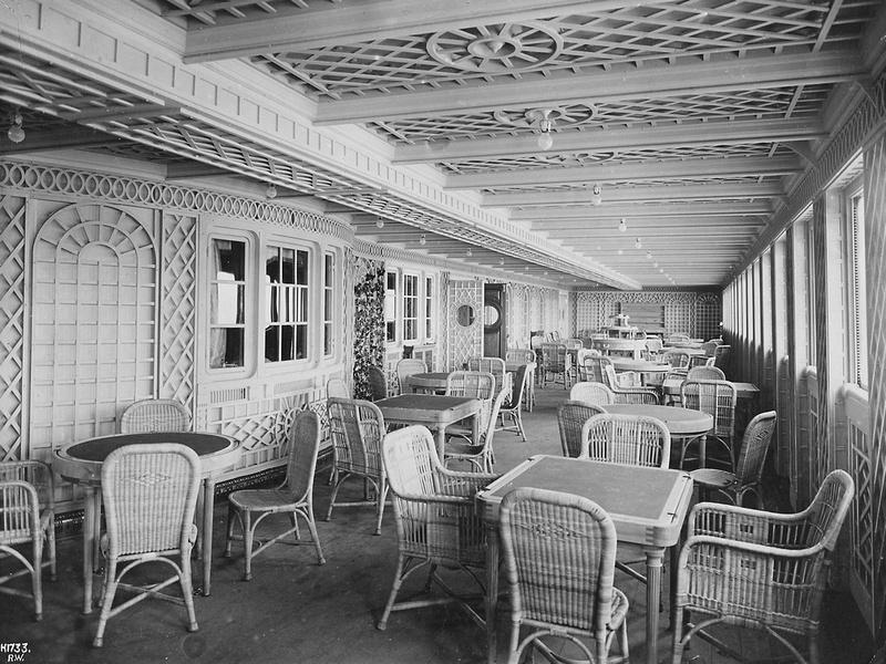The Titanic 1st Class Cafe Parisien