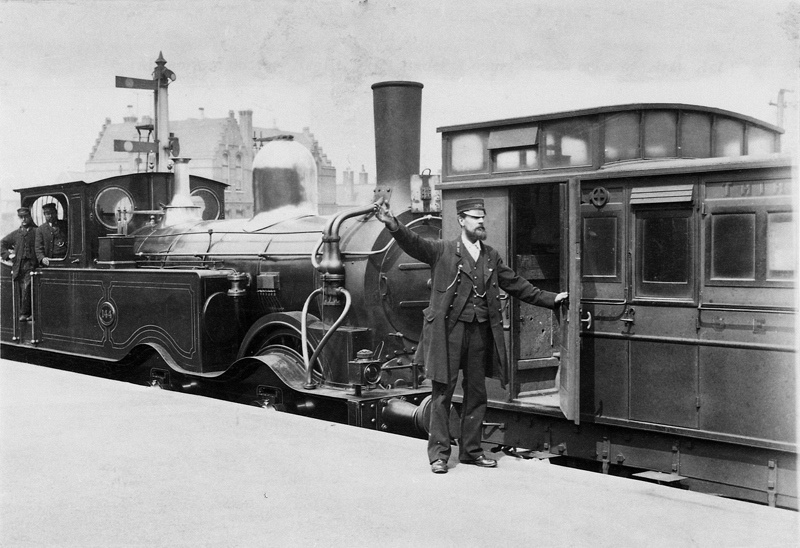 South Eastern Railway 0-4-4T No 144 Railway Guard Giving The Signal To The Engine Driver (2)