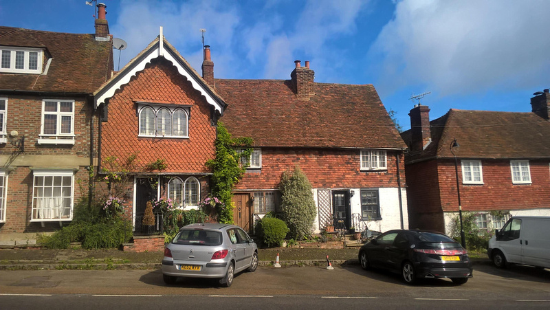 Houses In Bletchingley