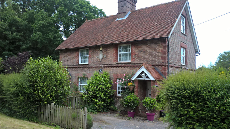 Cottages In Rotherfield