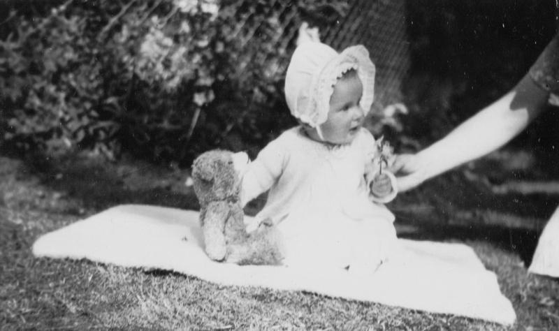 Pauline June Studley Age 6 months 1940