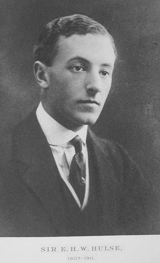 UK Photo Archive: Balliol College War Memorial &emdash; Hulse E H W Captain Sir 2nd Scots Guards
