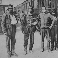 Wounded Soldiers Wearing The Masks That Saved Them From Poison Gas