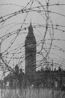 Fortifications By The Houses Of Parliament At The End Of June 1940