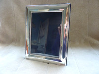 Carr's Solid Silver Hallmarked Photo Frame 7 x 5 Inches Velvet Back