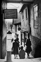 A Tudor Alleyway In Colchester Essex 1940s