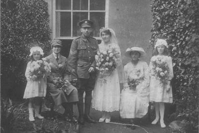 UK Photo And Social History Archive: Devonshire Regiment &emdash; A Soldier In Devonshire Regiment Wedding & Women's Royal Air Force