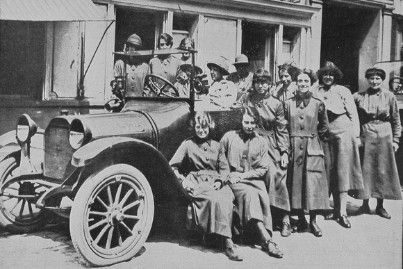 Car Drivers Of The WAAC In France