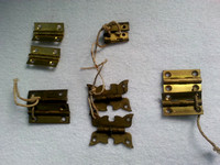 5 Pairs Of Vintage Small Brass Hinges Ideal For Restoring Boxes Or Craft