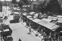 Market Day In Bedford 1940s